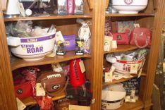 https://admin.acornhomeandgarden.com/uploads/thumbnail_acorn_souvenirs_02_83f0ecf25a.jpg
